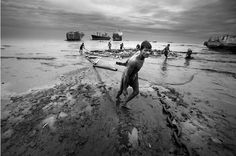 Shipbreaking in Bangladesh (photo by Saiful Huq)