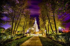 Scott Jarvie is on a mission to capture and compile pictures of every LDS temple in the United States. The Boston Massachusetts Temple is pictured here. (Scott Jarvie)