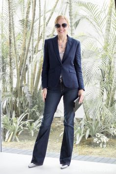 How to wear flared pants | 40plusstyle.com
