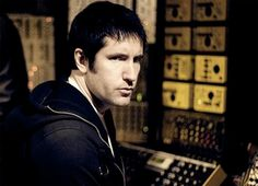 Trent Reznor to Guest on New Queens of the Stone Age Track    http://exclaim.ca/News/trent_reznor_to_guest_on_new_queens_of_stone_age_album