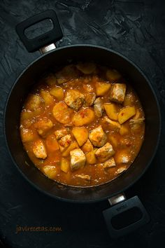 Marmitako de Bonito o Atún Bonito Fish Recipe, Ketosis Diet, Fish And Seafood, Chana Masala, Pot Roast, Fish Recipes, Salmon, Low Carb, Lunch