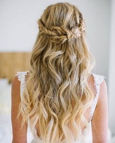 32 Pretty Half up half down hairstyles - partial updo wedding hairstyle is a great options for the modern bride from flowy boho and clean contemporary