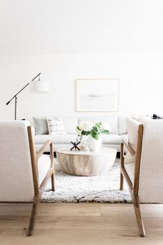 Three Tips For Styling Small Spaces + Our New Coffee Table! Three Tips For Styling Small Spaces + Our New Coffee Table! My Living Room, Home And Living, Living Room Decor, Living Spaces, Living Room Inspiration, Home Decor Inspiration, Decor Ideas, Cheap Home Decor, Decoration