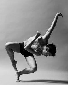 Aloft: The New Dance Project / photo: Christopher Peddecord