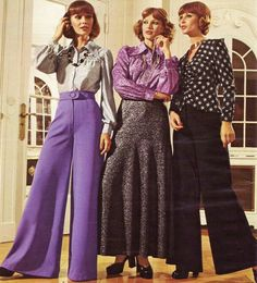 1970 fashion - digging those purple flares ! 70s Women Fashion, 60s And 70s Fashion, Fashion History, Retro Fashion, Vintage Fashion, 1977 Fashion, British Fashion, Seventies Fashion, Fashion Images