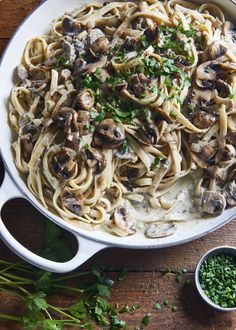 This mushroom stroganoff is incredible, and will satisfy the hungriest omnivore. This mushroom stroganoff is incredible, and will satisfy the hungriest omnivore. This vegan gluten-free dish is a vegetarian dinner that is always a hit. Gluten Free Pasta, Vegan Gluten Free, Dairy Free, Gluten Free Vegetarian Recipes, Delicious Vegan Recipes, Healthy Recipes, Cooking Recipes, Blender Recipes, Meal Recipes