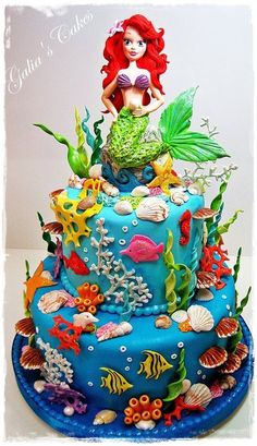 ARIEL CAKE. Can I have this for my next birthday?!? I love it.