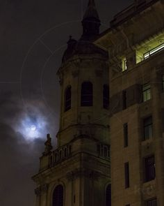 Full moon and St Magnus The Martyr Church London England United Kingdom  www.alamy.com/image-details-popup.asp?ARef=G15P0C marketplace.500px.com/photos/155414879 #church #moon #sky #night #full #architecture #travel #religion #old #landmark #tourism #silhouette #dark #building #light #tower #city #europe #culture #famous #nature #moonlight #symbol #european #chapel #christian #fog #christianity #gothic #outdoors