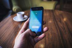 Single τετραπλά χρονολογικές dating app Τι είναι η καλύτερη πληρωμένη διαδικτυακή ιστοσελίδα γνωριμιών