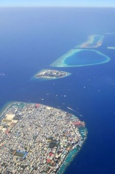 Malé, Maldives - by Nattu:Flickr