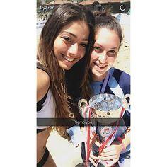 EN SEMPATİK OYUNCU Yaren Çakmak  Kulübümüz plaj voleybolu sporcularından Yaren ÇAKMAK Adana yumurtalık da düzenlenen Türkiye Üniversiteler arası plaj voleybolu şampiyonasında Ege Üniversitesini temsil ederek Ünilig Türkiye Plaj Voleybolu 2015-2016 ŞAMPİYONU oldu ayrıca Şampiyonanın EN SEMPATİK SPORCUSU SEÇİLDİ
