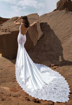 Pnina Tornai 2017 Wind Upon Water Collection Style no. 4437