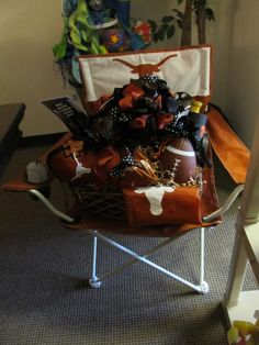 Longhorn basket and chair