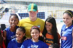 Prince Harry Photos - Prince Harry attends a ceremony of medals to children and athletes in Flamengo - Zimbio