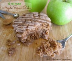 Dollhouse Bake Shoppe: 5 Minute Single Serving Apple Spice Cake (egg free, dairy free, vegan, with low fat and gluten free options)