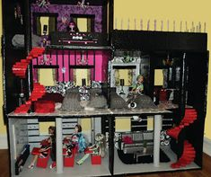 Lola's Mini Homes: DIY Monster High dollhouse finally finished - made from cardboard and papier mache