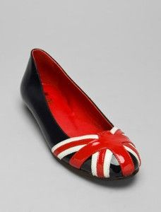 A definite must for cute shoe loving Anglophiles everywhere. #shoes #flats #jubilee #UK #Union_Jack