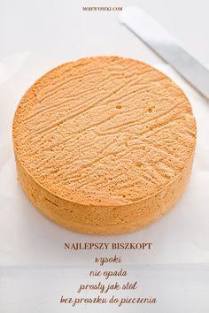 Moje Wypieki | Biszkopt (przepis II) Baking Basics, Baking Tips, Sweet Recipes, Cake Recipes, Classic Cake, Polish Recipes, Cake Flour, Cake Tins, Love Cake