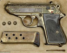 The gold-plated pistol Nazi Hermann Goering handed over to the allies when he surrendered at the end of the Second World War.  Pin by Paolo Marzioli