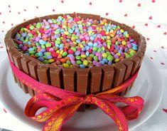 Kit Kat - smarties : LE gâteau d'anniversaire ! - Mes petites mains...
