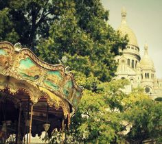 The Sacré Coeur and the famous carousel