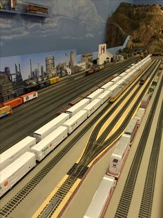 Ho Scale Train Layout, Ho Scale Trains, Ho Trains, Model Train Layouts, Model Trains, Train Room, Map Pictures, Ferrat, N Scale