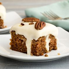 This nostalgic twist on traditional carrot cake is just in time for Easter. Smother delicious spiced carrot cake with decadent creamy filling and top with classic sweet cream cheese frosting. Sprinkle with pecans before serving and welcome the new star of Cake With Cream Cheese, Cream Cheese Frosting, Cake Recipes, Dessert Recipes, Dessert Ideas, Baking Recipes, Sweet Recipes, Carrot Spice Cake, Pumpkin Vegetable