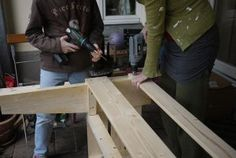 Excellent & Easy Garden Storage Bench : 16 Steps (with Pictures) - Instructables Garden Storage Bench, Diy Storage, Pallet Cabinet, Pallet Shelves, Pallet Couch, Pallet Benches, Pallet Tables, Pallet Bar, Outdoor Pallet