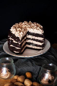 La asaltante de dulces: Receta de Tarta Kinder/ Kinder chocolate cake recipe. I love it!