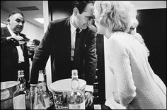 1966 New York Office Party by Leonard Freed. You'd think you were looking at an episode of Mad Men. Office Holiday Party, Office Parties, Holiday Parties, Leonard Freed, Elizabeth Moss, Men Tv, Today Pictures, Free Photographs, Vintage Party