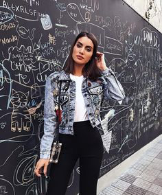 "217.1 mil curtidas, 1,065 comentários - Camila Coelho (@camilacoelho) no Instagram: ""First night in the Hamptons, wearing @houseofharlow1960 ✨@revolve #revolveinthehamptons…"""