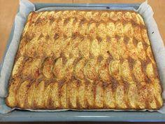 Liian hyvää: Muhkea omenapiirakka Pasta, Easy Cooking, Apple Pie, Coco, Banana Bread, Food And Drink, Baking, Desserts, Irene