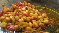 Ελληνικές συνταγές για νόστιμο, υγιεινό και οικονομικό φαγητό. Δοκιμάστε τες όλες Vegan Vegetarian, Vegetarian Recipes, Cooking Recipes, Healthy Recipes, Oven Cooking, Healthy Foods, Food N, Food And Drink, Legumes Recipe