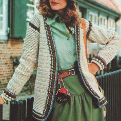 INSTANT DOWNLOAD PDF Vintage Crochet Pattern    Puff Stitch Border Cardigan Jacket  Retro