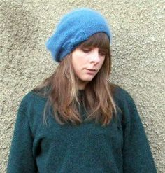 Free pattern. forty percent fringe : sixty percent face: angora beret knitting pattern