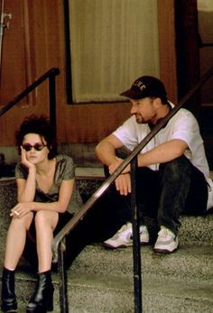 Helena Bonham Carter with director David Fincher on set of Fight Club David Fincher, Helena Bonham Carter, Fight Club 1999, Fight Club Rules, Marla Singer, Famous Directors, Darren Aronofsky, Chuck Palahniuk, Bernadette Peters