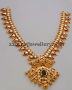 22 carat gold pacchi mango necklace studded with polki diamonds, diamonds, rubies and emerald from Mor Jewellers. Gold Jewellery Design, Gold Jewelry, Beaded Jewelry, Jewelery, Gold Necklaces, Designer Jewellery, Jewellery Earrings, Temple Jewellery, Jewelry Shop