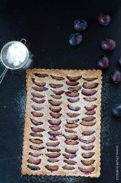 švestkový koláč s mandlovou náplní