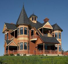 "House known as the ""Castle Victorian"" at 1579 Raymond Rd, Garland, NE 68360 Folk Victorian, Victorian Style Homes, Victorian Design, Victorian Architecture, Amazing Architecture, Architecture Details, Historical Architecture, Beautiful Buildings, Beautiful Homes"