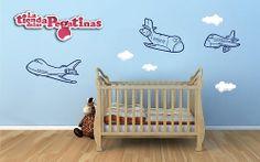 Un precioso diseño de aviones y nubes. Ideal para cubrir mucho espacio de forma económica.