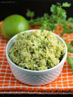 Avocado Lime Rice(try quinoa) - Get this tasty side dish ready in about 5 minutes! Avocado Dessert, Avocado Rice, Avocado Uses, Avocado Recipes, Kale Recipes, Ripe Avocado, Drink Recipes, Recipies, Dinner Recipes