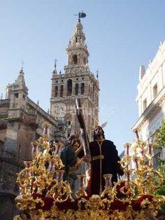 Sevilla en Semana Santa  2013 Malaga, Monuments, La Passion Du Christ, Holy Week, Cadiz, Spain And Portugal, Spain Travel, Religious Art, Statue