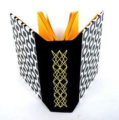lovely longstitch bookbinding variation - Costura nova by Maria Meira Journals Art Diaries Eclectic, Longstitch Bookbinding, Handmade Book, Design Book, ...
