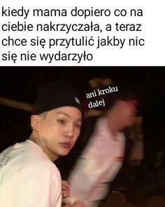 Very Funny Memes, Funny Kpop Memes, Bts Memes, Asian Meme, Polish Memes, Funny Mems, Kdrama Memes, I Love Bts, Man Humor