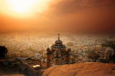 Trichy Temple - India photo by David Lazar via flickr