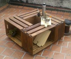 Mesa cajonera realizada con madera de Pallet By Rucula design.