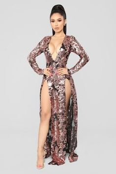 Sparkle Into The Night Maxi Dress - Rosegold – Fashion Nova Satin Dresses, Sexy Dresses, Fashion Dresses, Sexy Outfits, Girl Outfits, Cute Outfits, Ladies Dress Design, Gorgeous Women, Beautiful Outfits