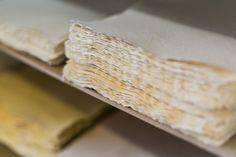 Hârtii fabricate manual cu texturi diferite. Disponibil în mai multe nuanțe și mărimi. Mai, Manual, Bread, Creative, Food, Textbook, Breads, Baking, Meals