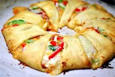 Easy veggie pizza roll