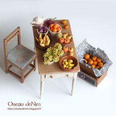 miniature fresh fruit